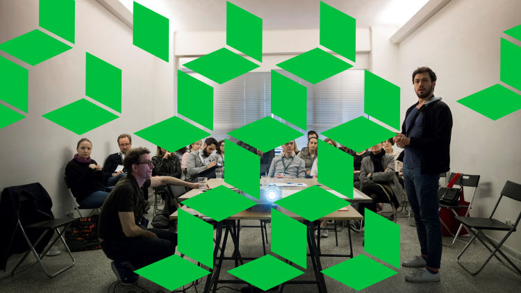 How to design a collaborative space by combining tangible, social and digital design